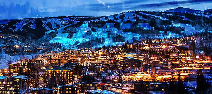 Snowmass Base Village Apres Ski